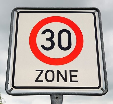 30 km límite de velocidad